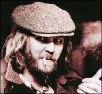 Harry Nilsson skipping over the ocean like a stone