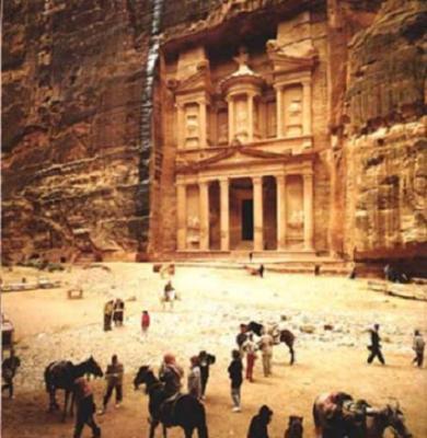 La ciudad de Petra - πέτρα  البتراء-  (Al-Butrā)