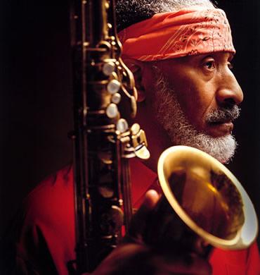 Sonny Rollins nació en Nueva York un 7 de septiembre de 1930, saxo tenor de jazz.