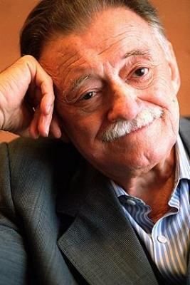 Mario Benedetti estamos contigo