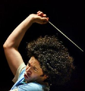 Gustavo Dudamel un director de orquesta con ingenio