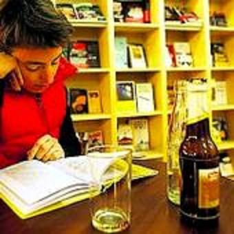 Cosecha Roja Librería-Cafetería en Russafa